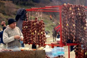 stalls camel sausage