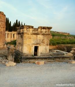tomb Hierapolis