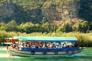 Tour en barco río Dalyan