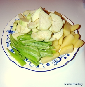 Peeled and cut vegetables
