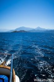 Cruzando a vela la bahía de Fethiye