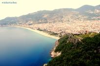Vista de la playa de Damlatas desdecel castillo