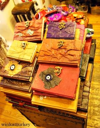 Típicos cuadernos de piel