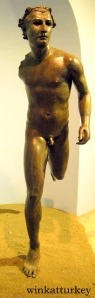 Statue of an athlete Late Hellenistic period (50-30 a.c). Found in Nemrut