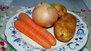 patatas, zanahorias y cebolla