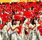 """23 de Abril """"Día de los niños"""" y comienzo del festival del mesir macunu """"Uluslarasi mesir macunu Festivali"""""""